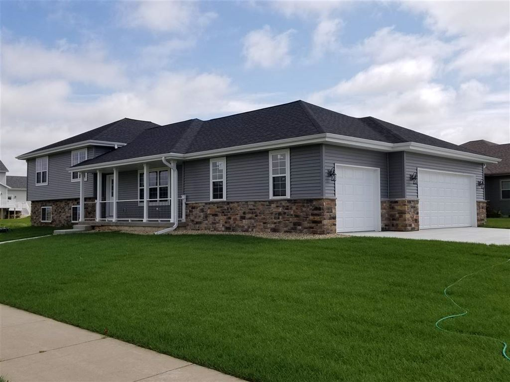 129 W Gonstead Rd, Mount Horeb, WI 53572 - #: 1865017