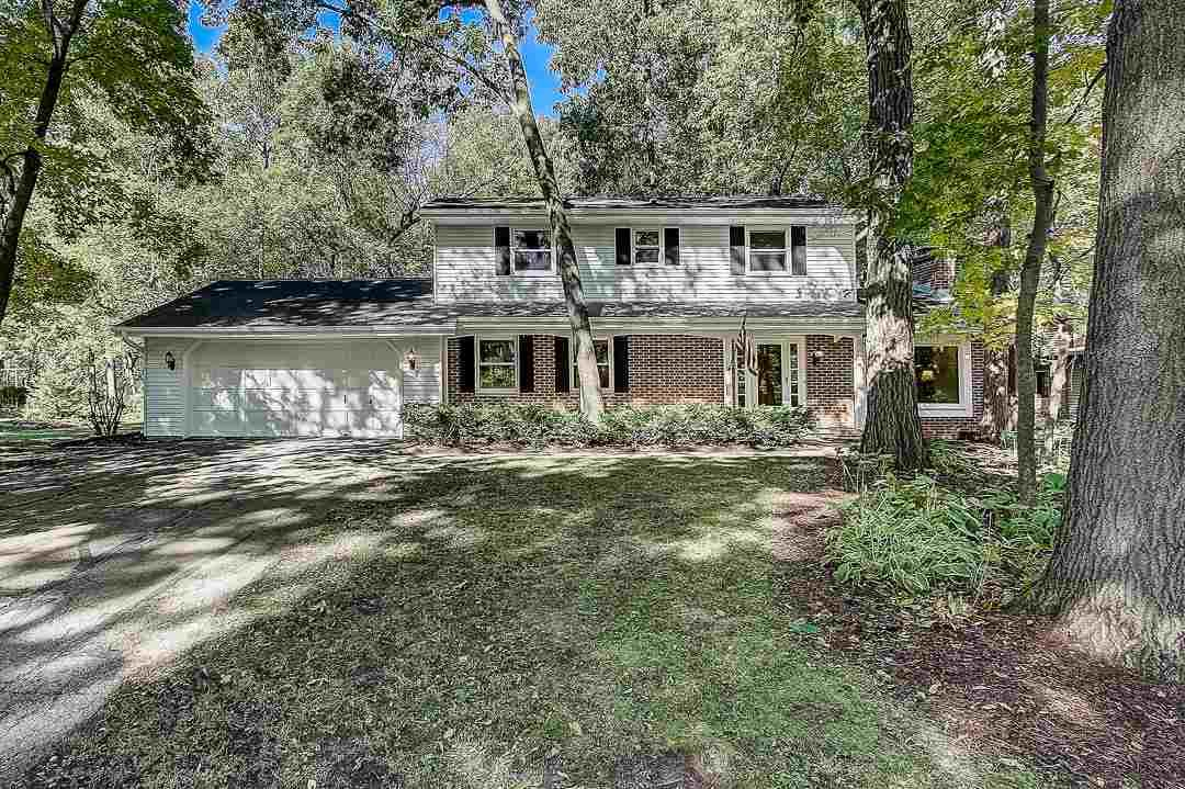W8210 Sunset Ct, Lake Mills, WI 53551 - #: 1876019