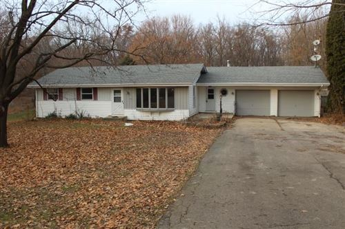 Photo of 7418 W Hickory Hills Rd, Beloit, WI 53511 (MLS # 1874020)