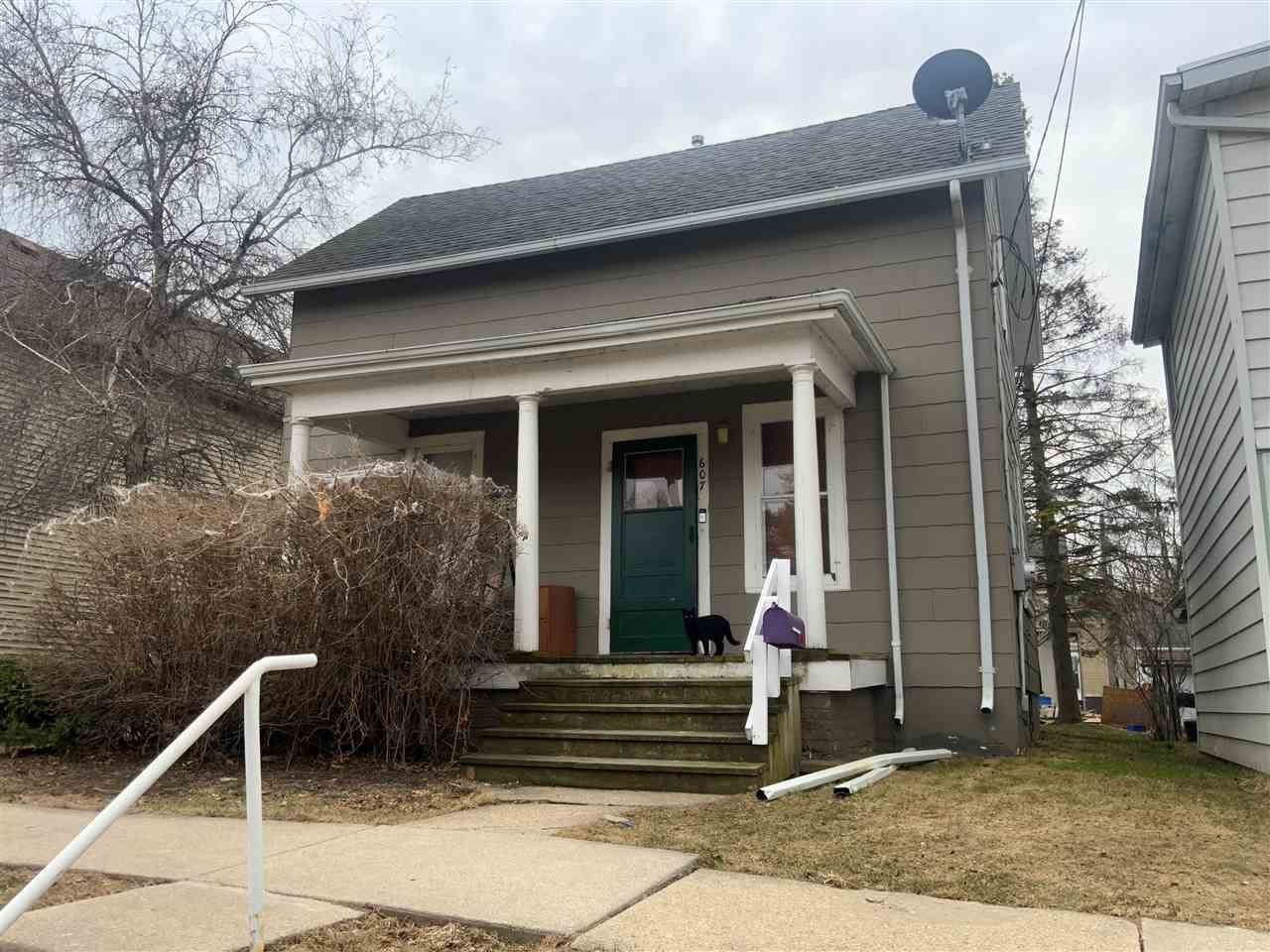 607 Cole St, Watertown, WI 53094 - #: 1905020