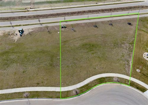 Photo of 4137 Parker Ct Lot 803, Deforest, WI 53532 (MLS # 1906022)