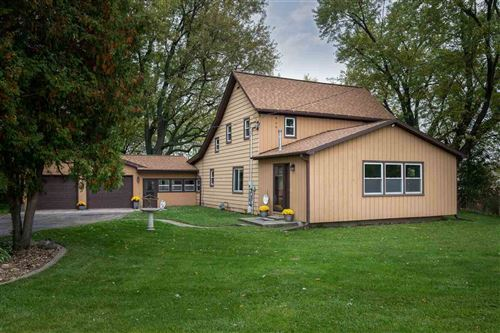 Photo of 4302 Rutland-Dunn Townline Rd, Oregon, WI 53575 (MLS # 1871023)