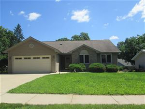 Photo of 510 Oakridge Dr, Portage, WI 53901 (MLS # 1863025)