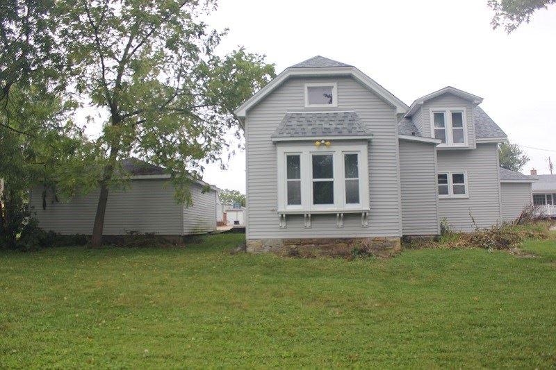 615 Boldt St, Platteville, WI 53818 - #: 1893025