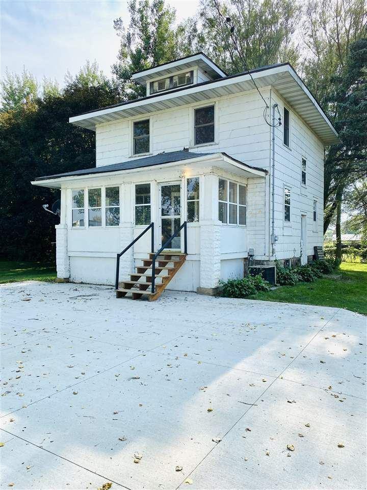907 E Lake Ave, Monticello, WI 53570 - #: 1916025
