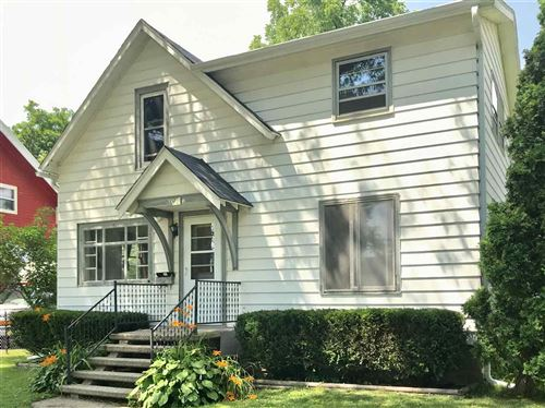 Photo of 309 10th St, Baraboo, WI 53913 (MLS # 1888027)