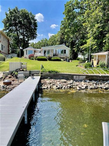 Photo of 2216 Colladay Point Dr, Stoughton, WI 53589-3013 (MLS # 1913027)