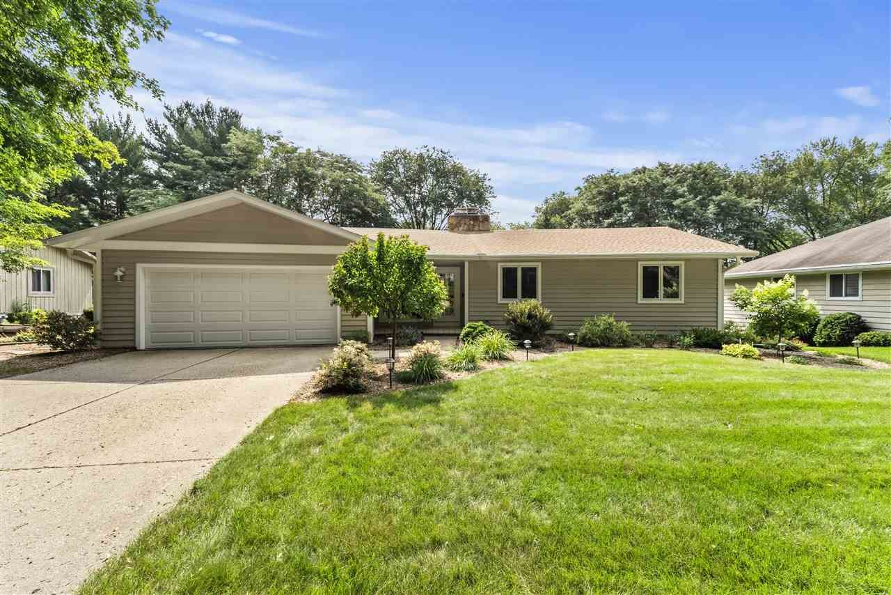 413 Valley Rd, Madison, WI 53714 - #: 1915029