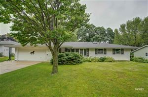Photo of 2325 Apache Dr, Fitchburg, WI 53711 (MLS # 1861030)