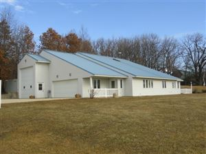 Photo of W2904 County Road EE, Albany, WI 53502 (MLS # 1848031)