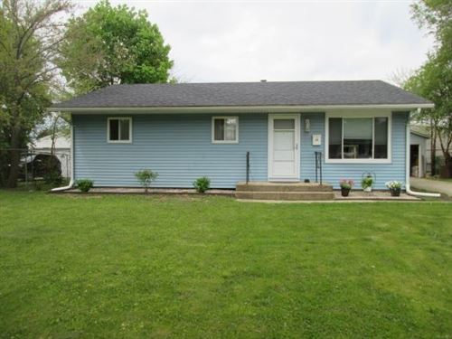Photo of 22 Belmont RD, Madison, WI 53714-1944 (MLS # 1884034)