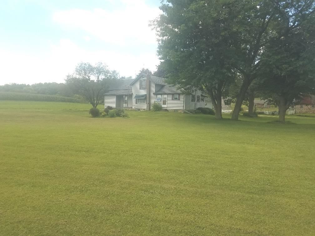 S6127 Center Valley Rd, Loganville, WI 53943 - #: 1890035