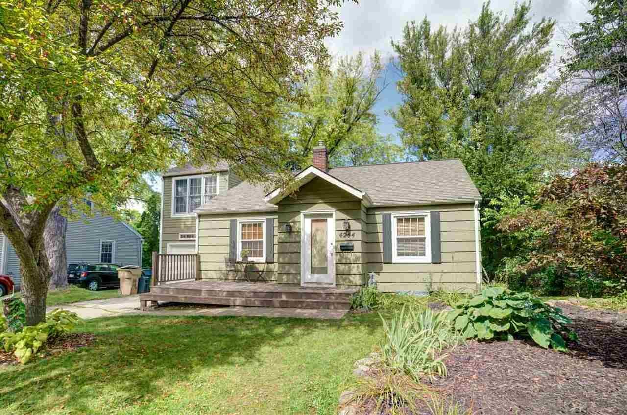4254 Beverly Rd, Madison, WI 53711 - #: 1889036