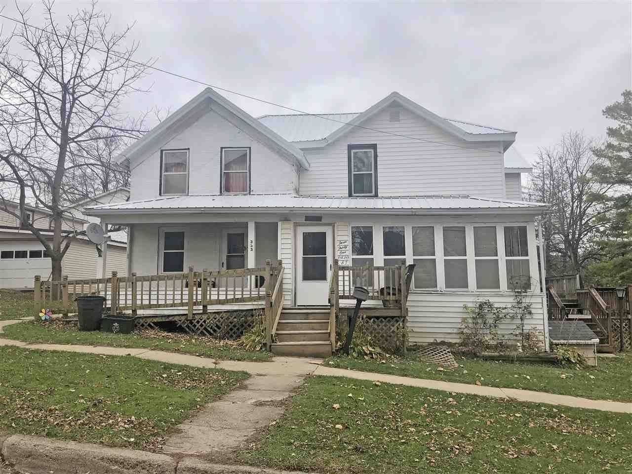 331 Ohio St, Darlington, WI 53530 - #: 1897040