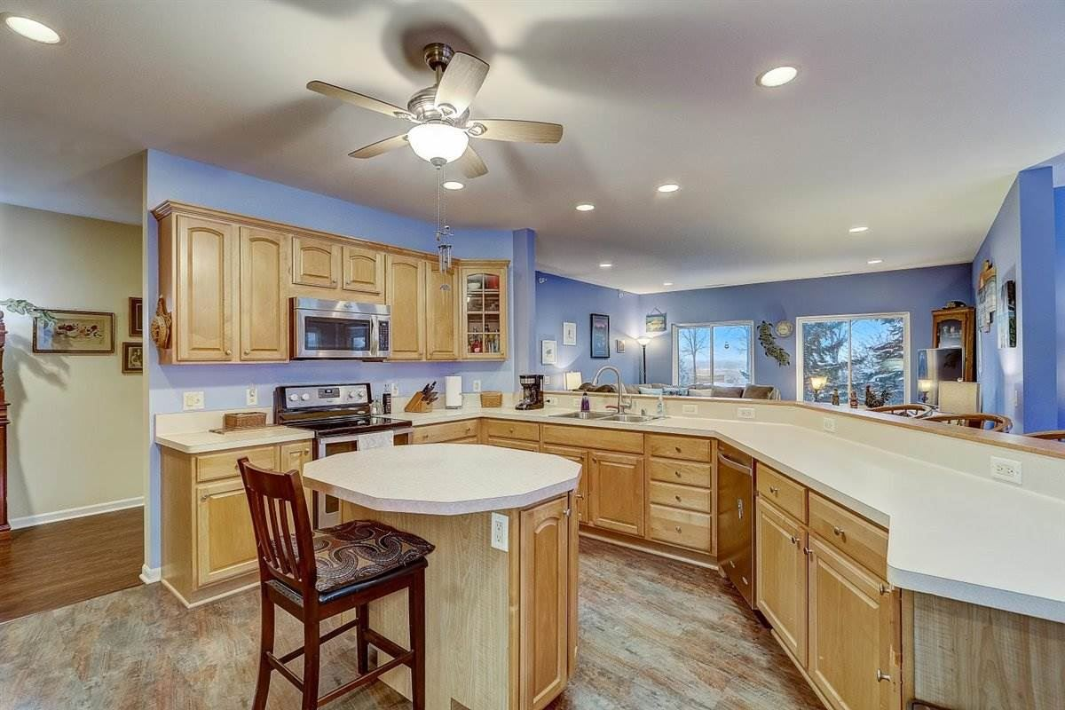 1602 S Golf Gln #102, Madison, WI 53704 - #: 1900044