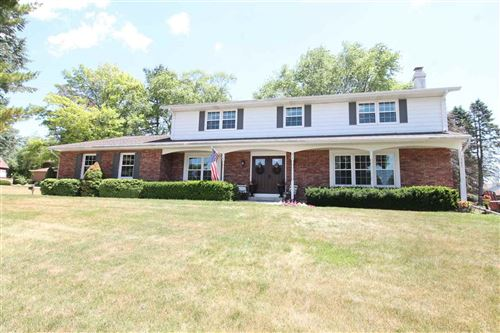 Photo of 672 Sunset Dr, Janesville, WI 53548 (MLS # 1912045)