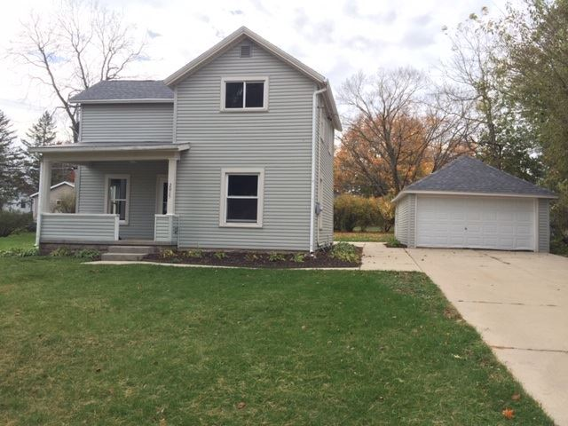 2015 18th Ave, Monroe, WI 53566 - #: 1896045