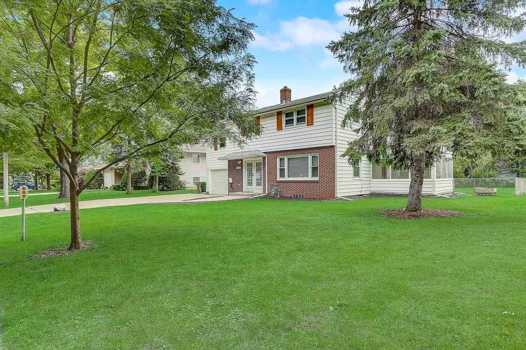 2205 Brentwood Pky, Madison, WI 53704 - #: 1903045
