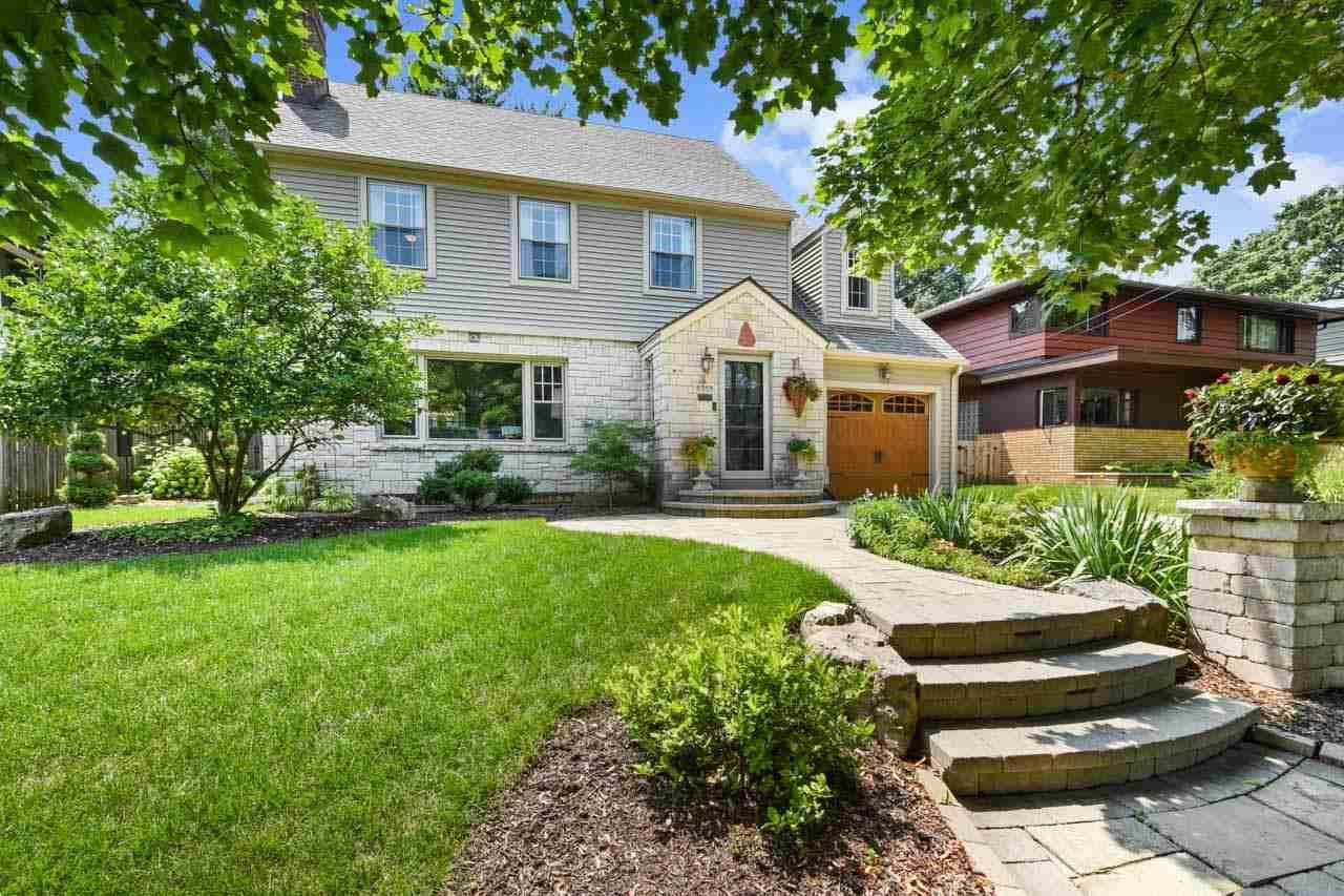 Photo for 2719 Van Hise Ave, Madison, WI 53705 (MLS # 1915045)