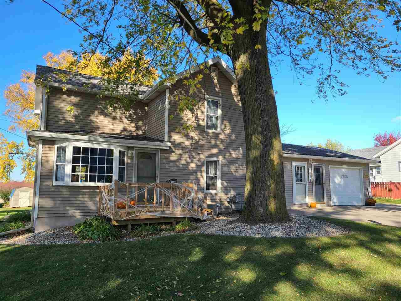 1049 7th Ave, Monroe, WI 53566 - #: 1896046