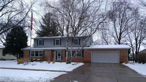 Photo of 215 S Taft Ave, Jefferson, WI 53549 (MLS # 1875049)