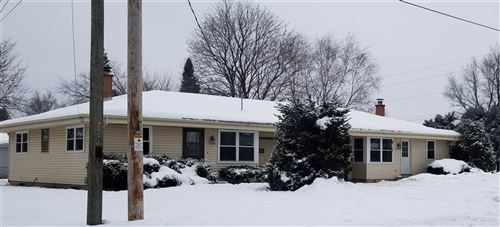 Photo of 1402-1406 Holiday Dr, Janesville, WI 53545 (MLS # 1901053)