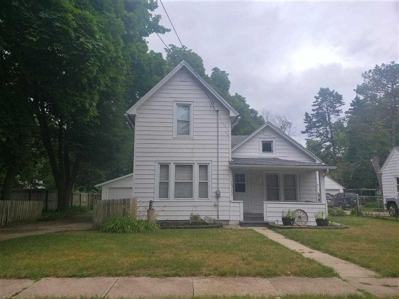 1317 W Grand Ave, Beloit, WI 53511-5931 - #: 1913057