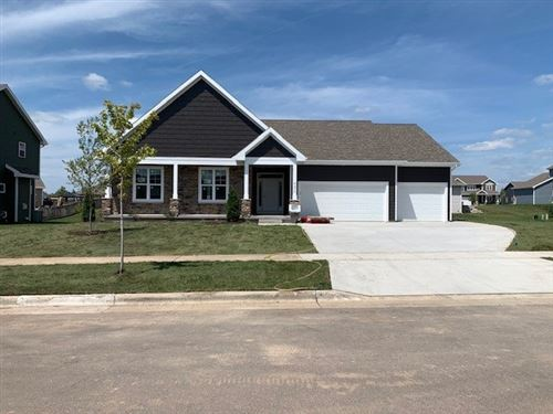 Photo of 4370 Autumn Harvest Way, Windsor, WI 53598 (MLS # 1886066)