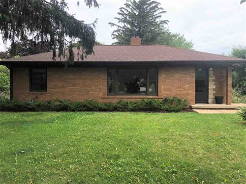 Photo of 418 S Owen Dr, Madison, WI 53711 (MLS # 1916066)