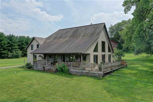 Photo of W10325 County Highway O, Portage, WI 53901 (MLS # 1888068)