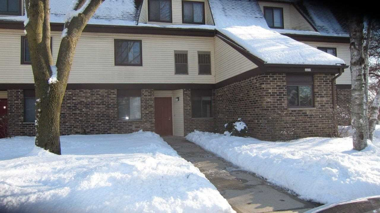 1037 S Sunnyvale Ln #A, Madison, WI 53713 - #: 1877068