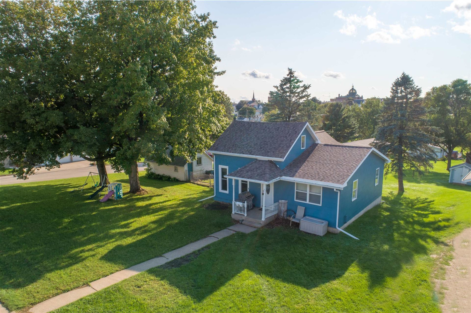 220 N Lincoln St, Lancaster, WI 53813 - #: 1919070