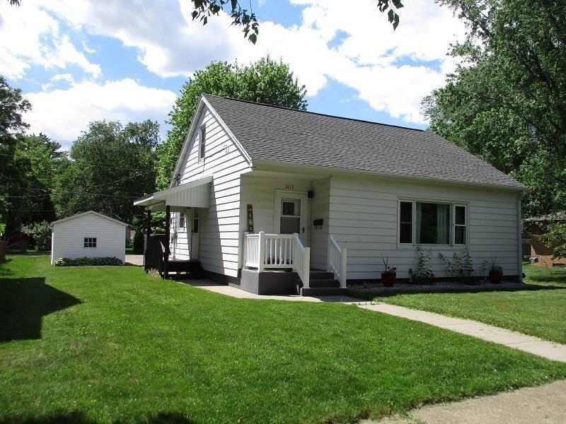 1113 Madison St, Sauk City, WI 53583 - #: 1912071