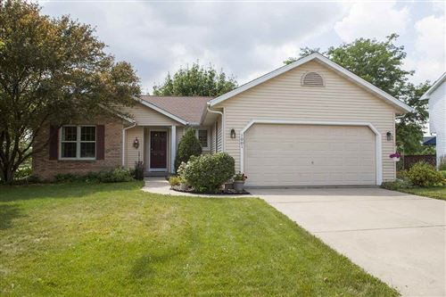 Photo of 1001 Sunset Dr, Cottage Grove, WI 53527 (MLS # 1887072)
