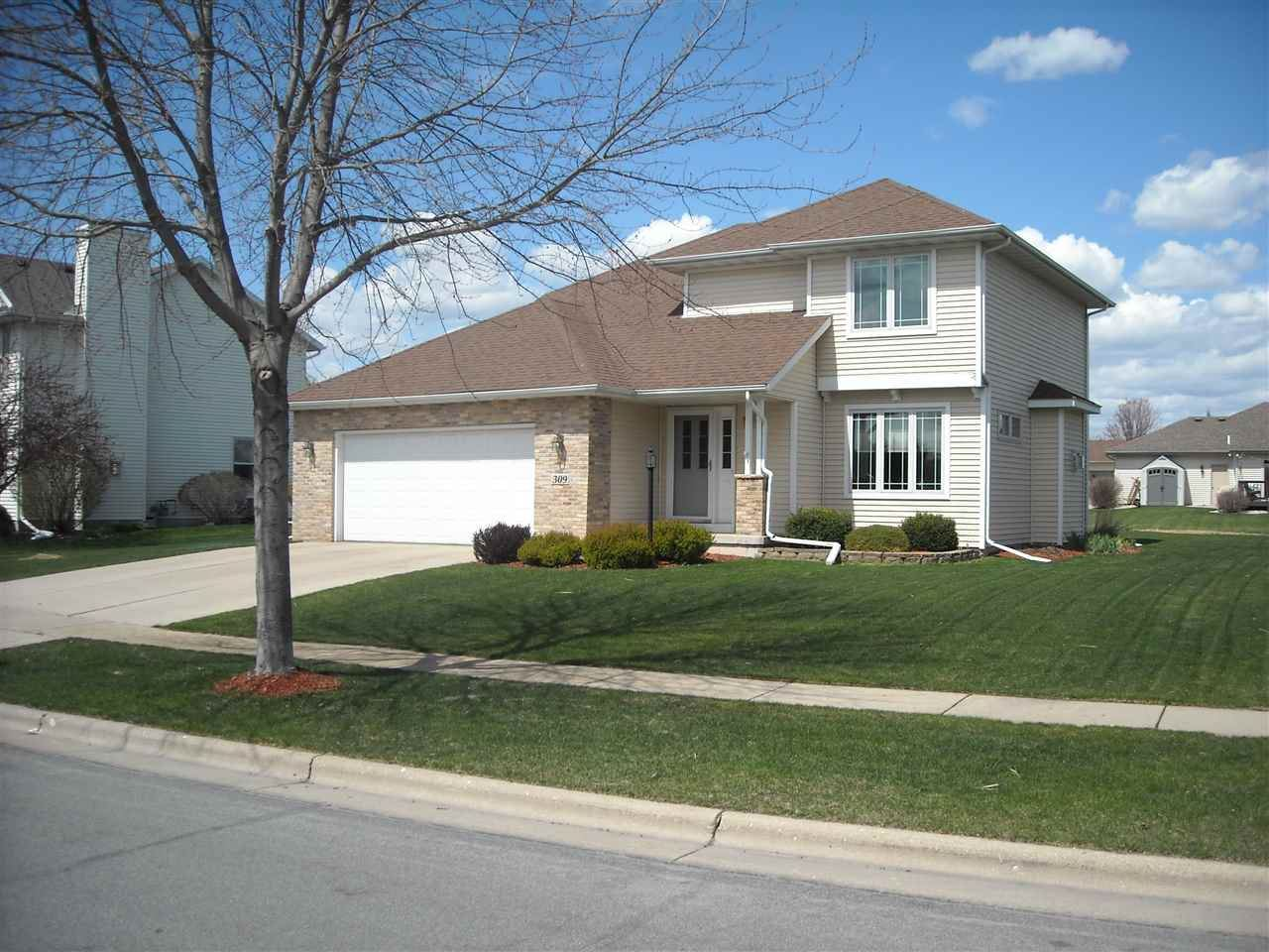 309 Coyle Pky, Cottage Grove, WI 53527 - #: 1907075