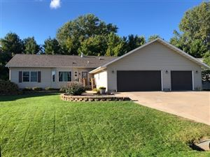 Photo of 1426 Bea Ann Dr, Dodgeville, WI 53533 (MLS # 1869077)