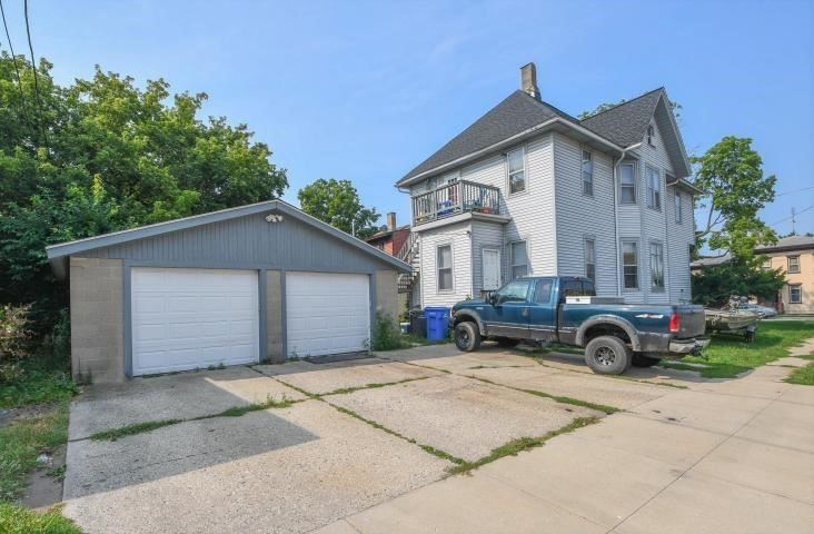 301 S Second St, Watertown, WI 53094 - #: 371078