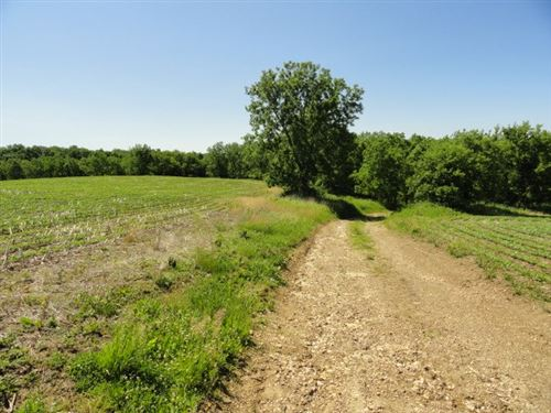 Photo of 21496 Ivey Rd, Mineral Point, WI 53565 (MLS # 1886079)