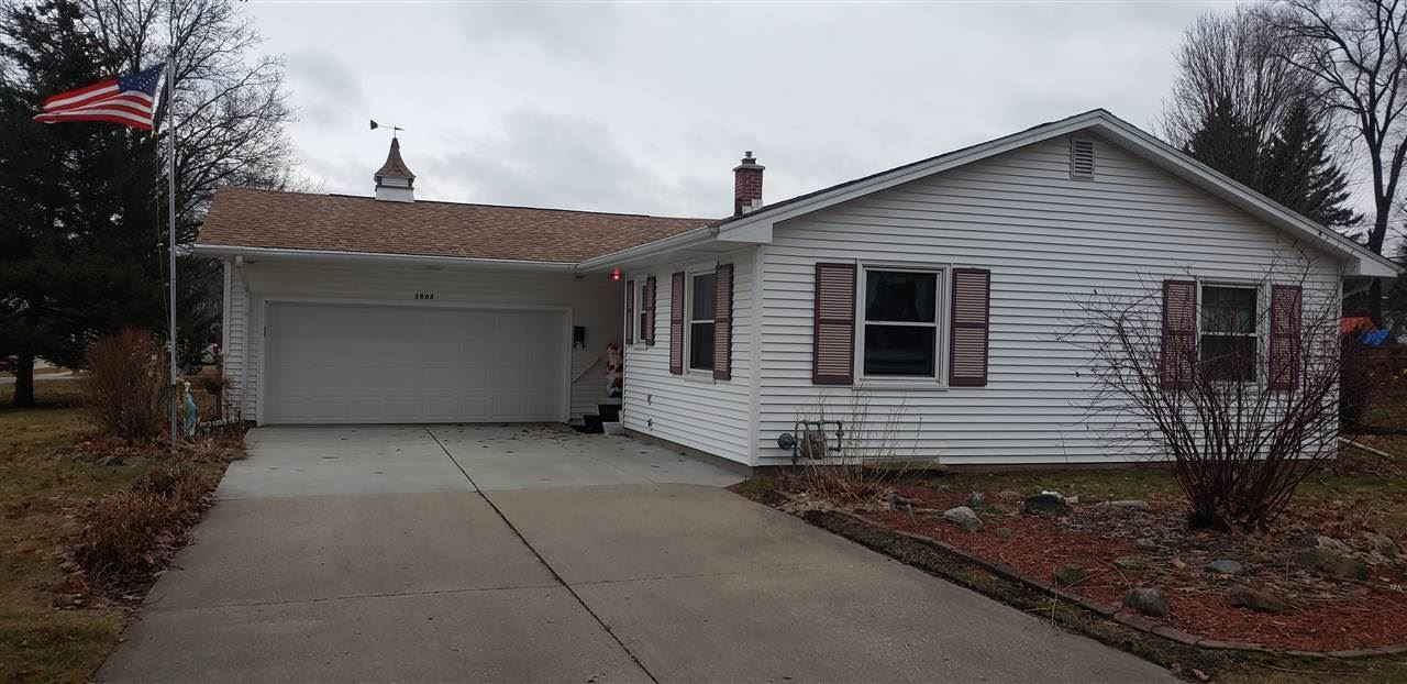 2003 Mineral Point Ave, Janesville, WI 53548 - #: 1875082
