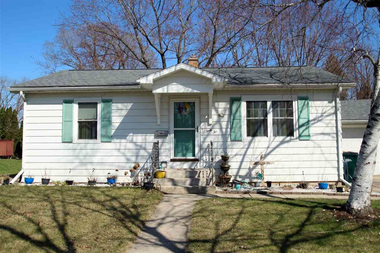 42 Wilson AVE, Fort Atkinson, WI 53538-1555 - #: 1878085