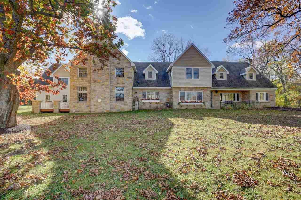 f_1885085 Real Estate in 53534 zip code