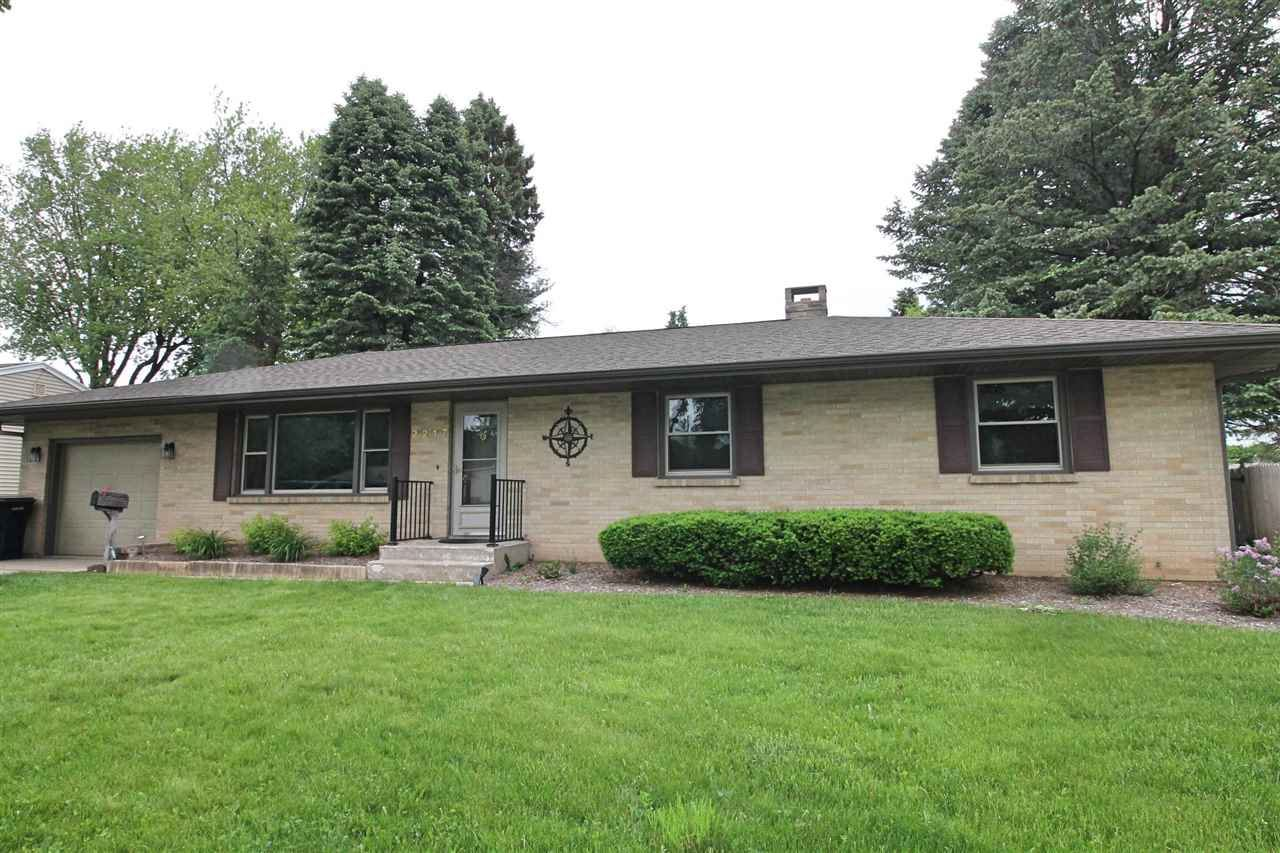 2217 E Luther Rd, Janesville, WI 53545 - #: 1908086