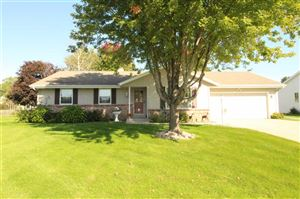 Photo of 4523 Oldwyck Dr, Janesville, WI 53546 (MLS # 1870088)