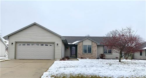 Photo of 2608 N Wuthering Hills Dr, Janesville, WI 53546 (MLS # 1875088)