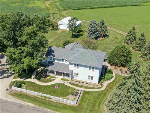 Photo of 2030 Yelk Rd, Marshall, WI 53559-9486 (MLS # 1878089)