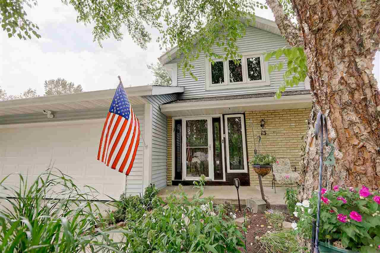 15 Dorchester Cir, Madison, WI 53719 - #: 1892089