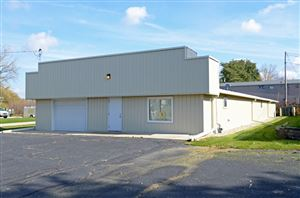 Photo of 4307 TRIANGLE ST, McFarland, WI 53558 (MLS # 1844092)