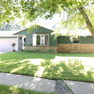 Photo of 1522 Manor Dr, Janesville, WI 53548 (MLS # 1863099)