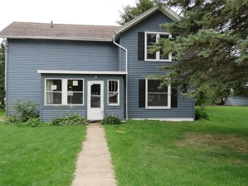Photo of 212 Grove St, Randolph, WI 53956-0000 (MLS # 1878101)