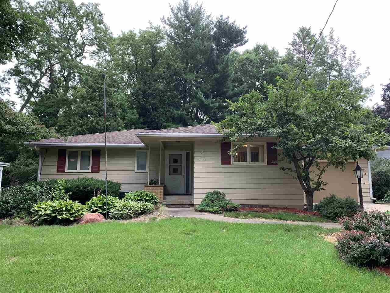 411 Orchard Dr, Madison, WI 53711 - #: 1914105